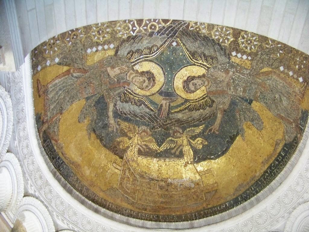 Dom mosaic