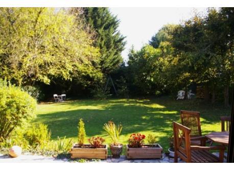 le jardin privatif est entièrement clos.