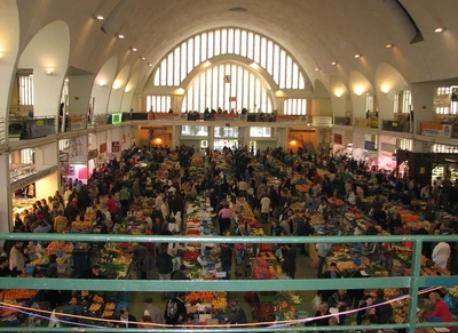 Villefranche covered market