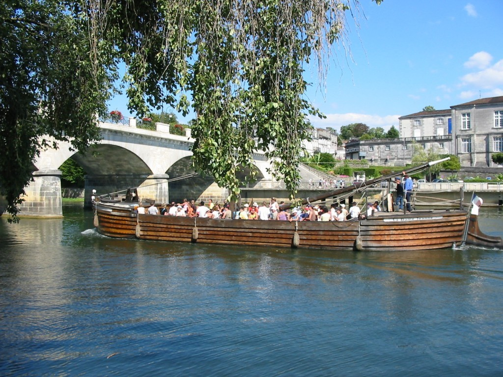Take a cruise on the Charente