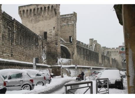 our street in winter , avignon