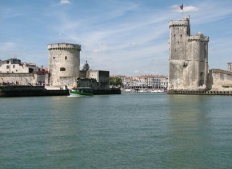 La Rochelle (25 min)