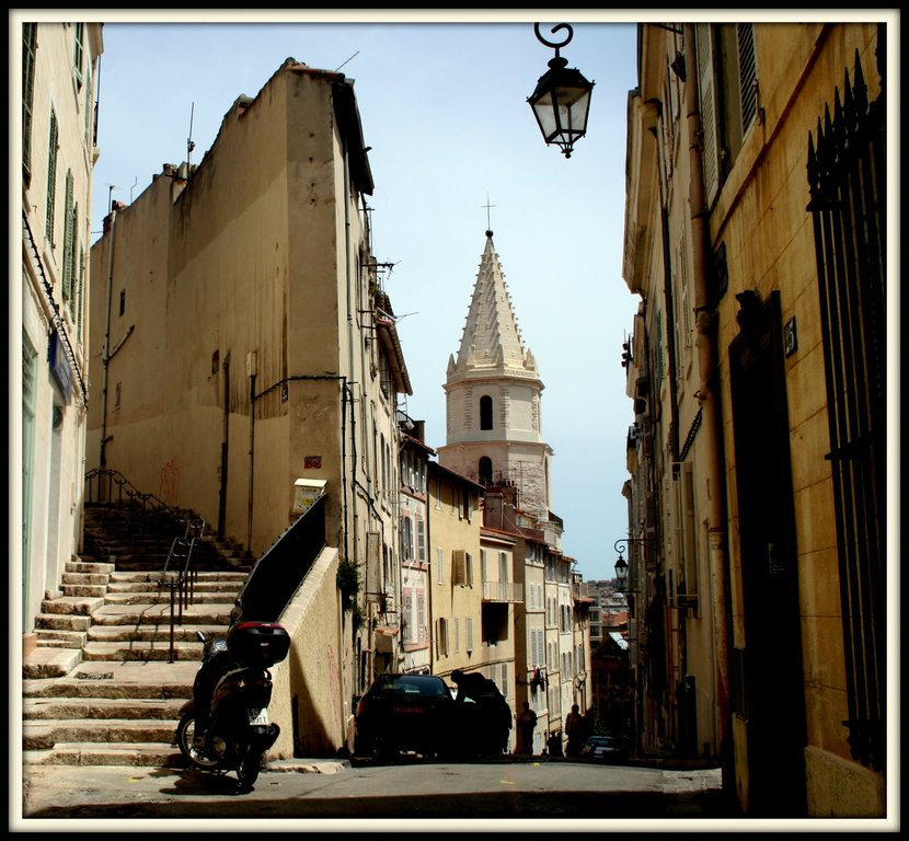 """Le """"Panier"""" le plus vieux quartier de Marseille"""