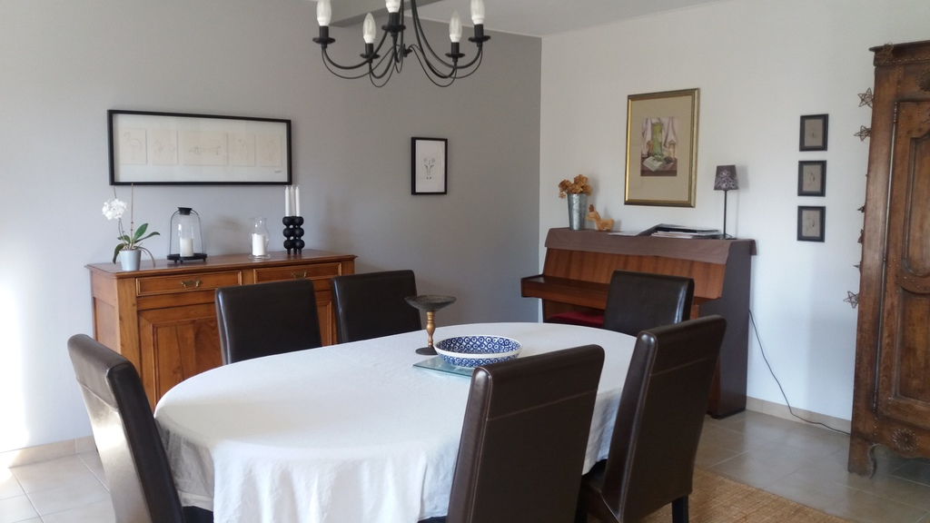 La salle à manger / the dining room