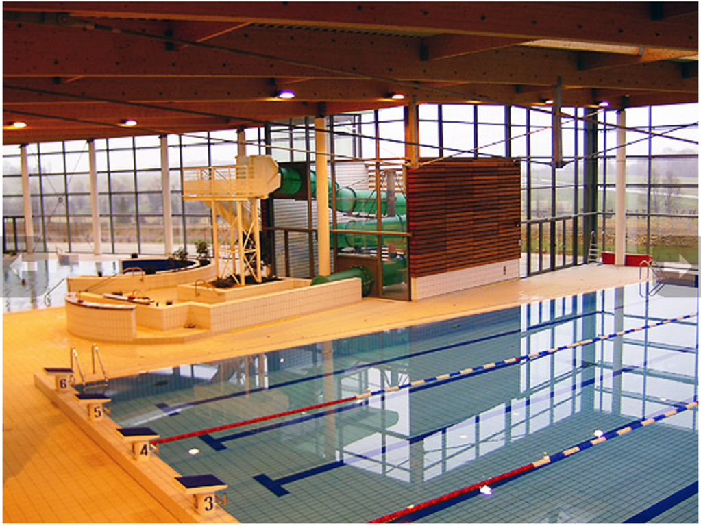 Swimming Pool 20 min drive