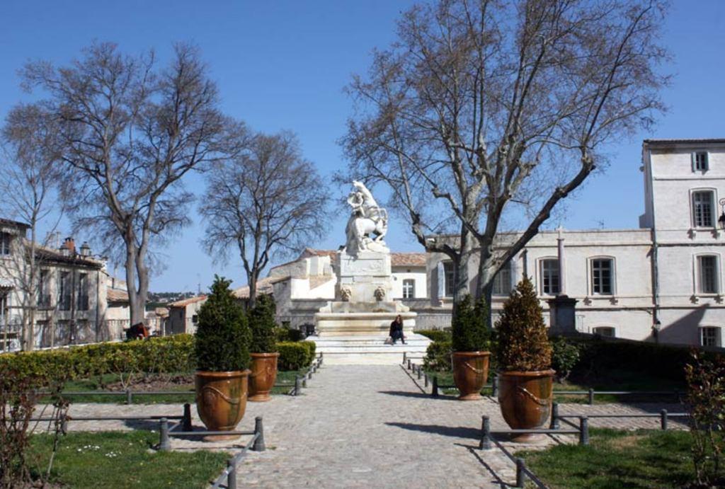A Montpellier square (Place de la Canourgue)