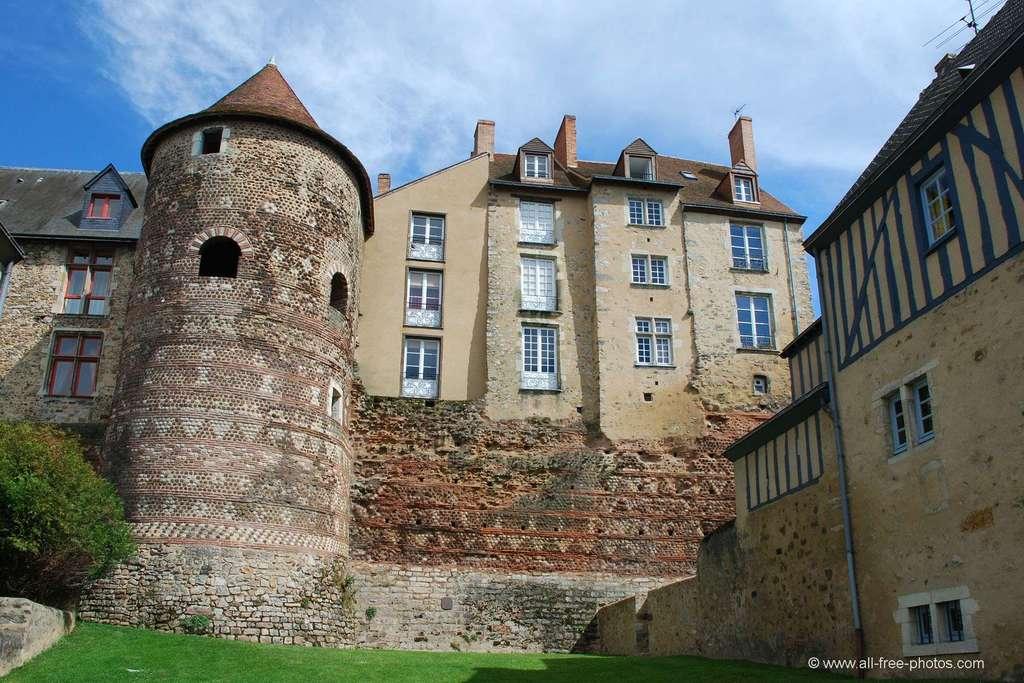 Remparts médiévaux, Le Mans
