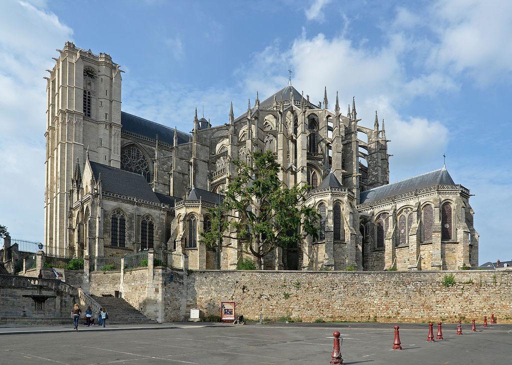 Cathédrale du Mans (42 km)