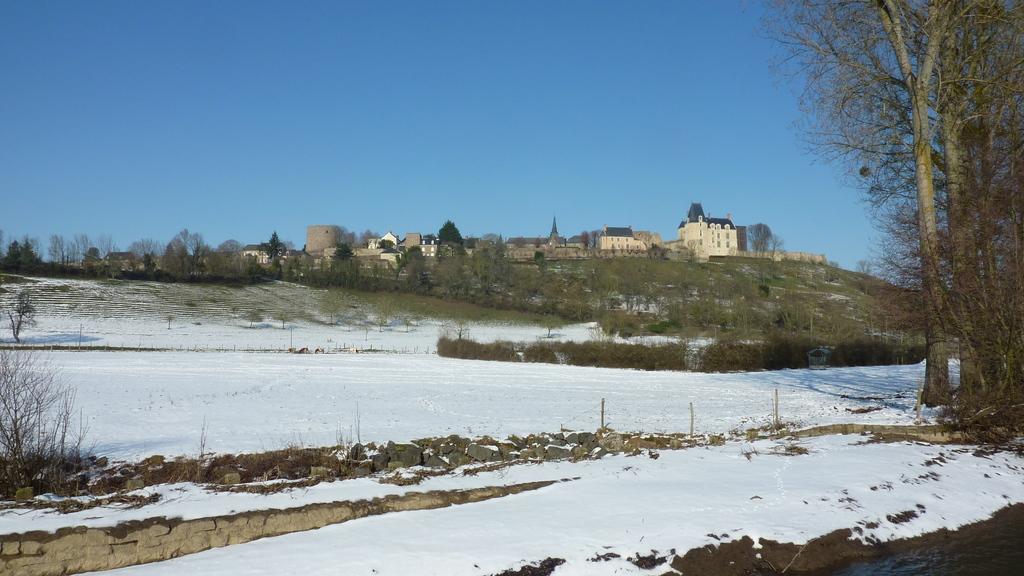 Château de Sainte-Suzanne (un des plus beaux villages de France)