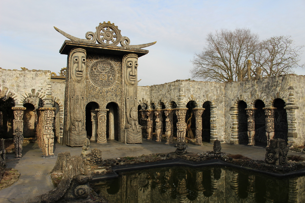Le Musée Robert Tatin, la porte du Soleil