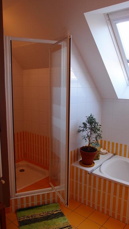 the uptstairs shower