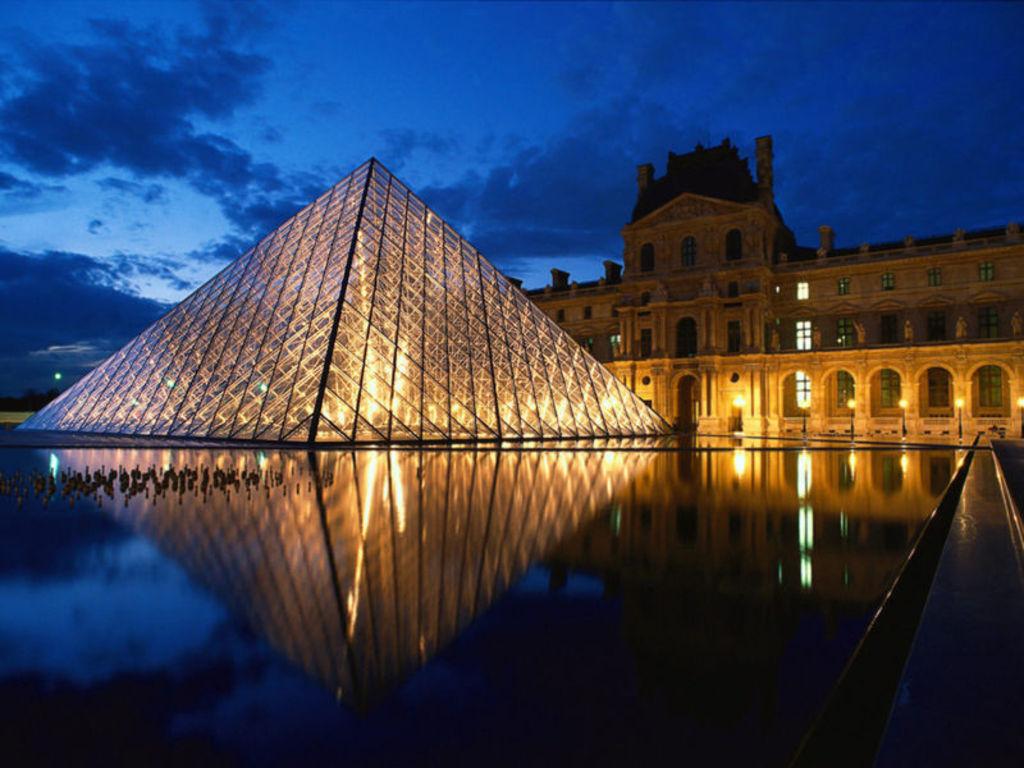 Musée du Louvre (half an hour)