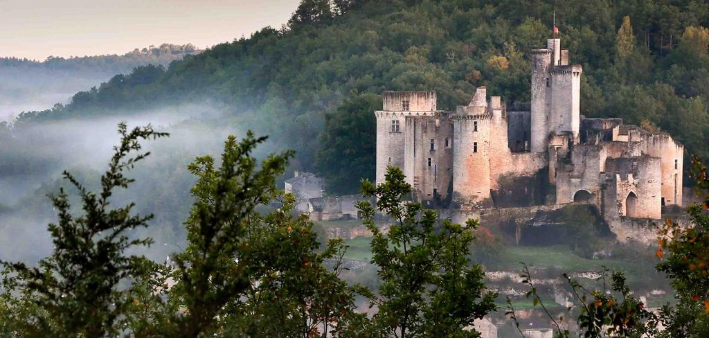 Bonaguil castle - (Lot et Garonne - 50 mn)
