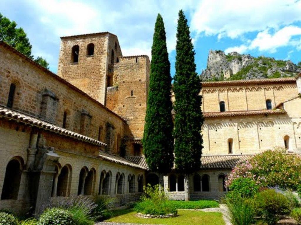 abbaye of st-guilhem, 55 mn
