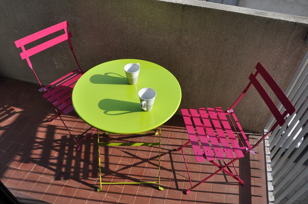 Pour commencer la journée... petit déjeuner sur le balcon ! to start a new day ... have breakfast on the balcony