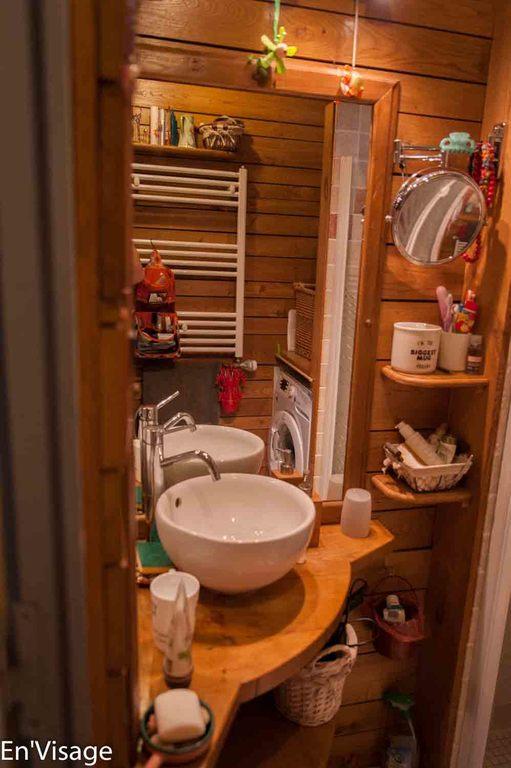 Salle de bain au rez de chaussée