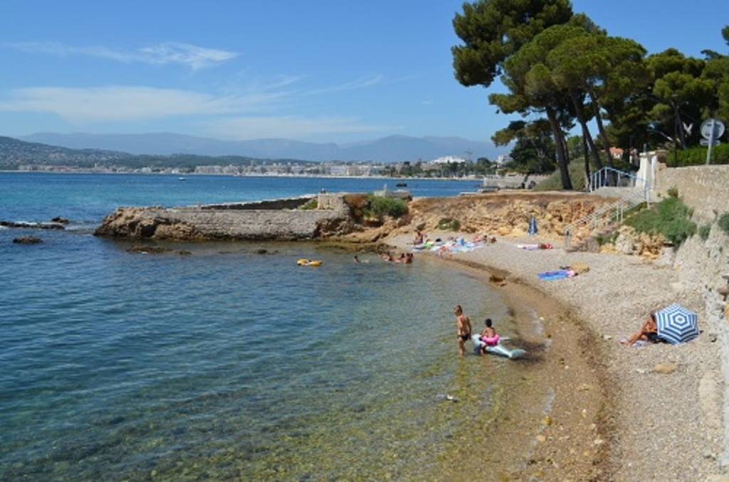 Cap d'Antibes beach