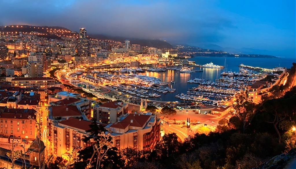 Monaco 30min from home (by train or car)
