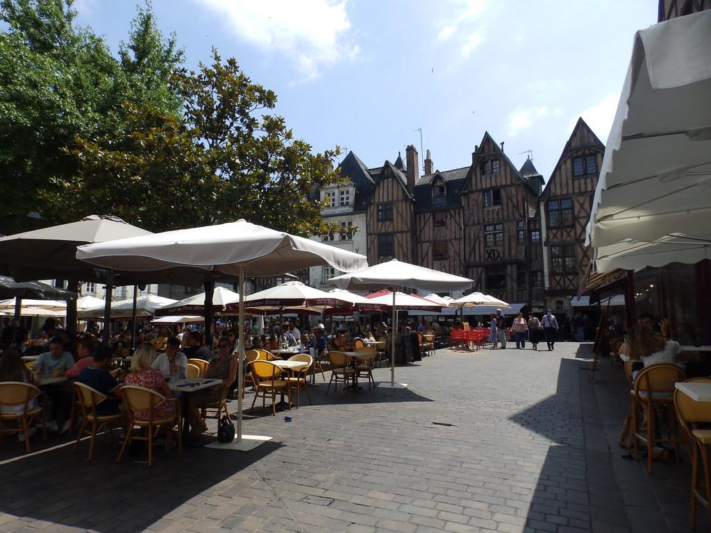 Place Plumereau (300 m)