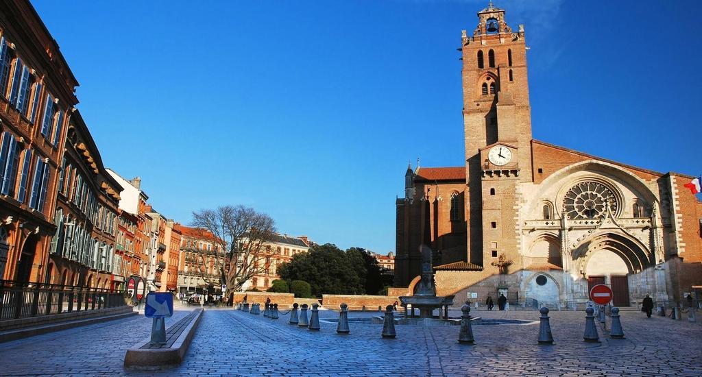 Toulouse : place Saint-Etienne