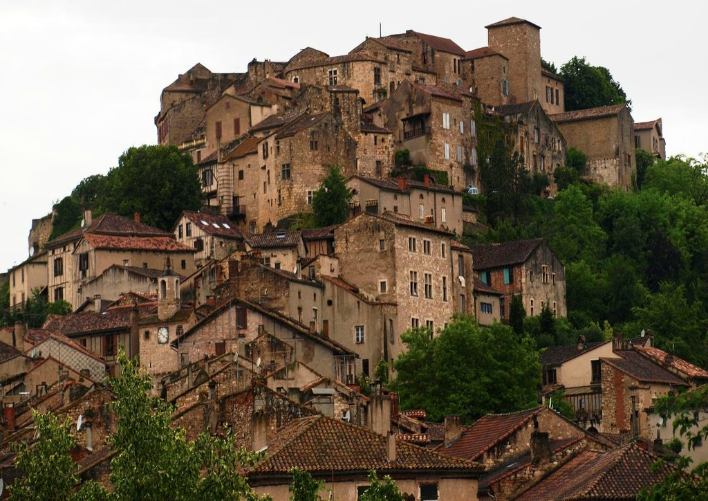 1 h from Toulouse : the medieval village of Cordes-sur-Ciel