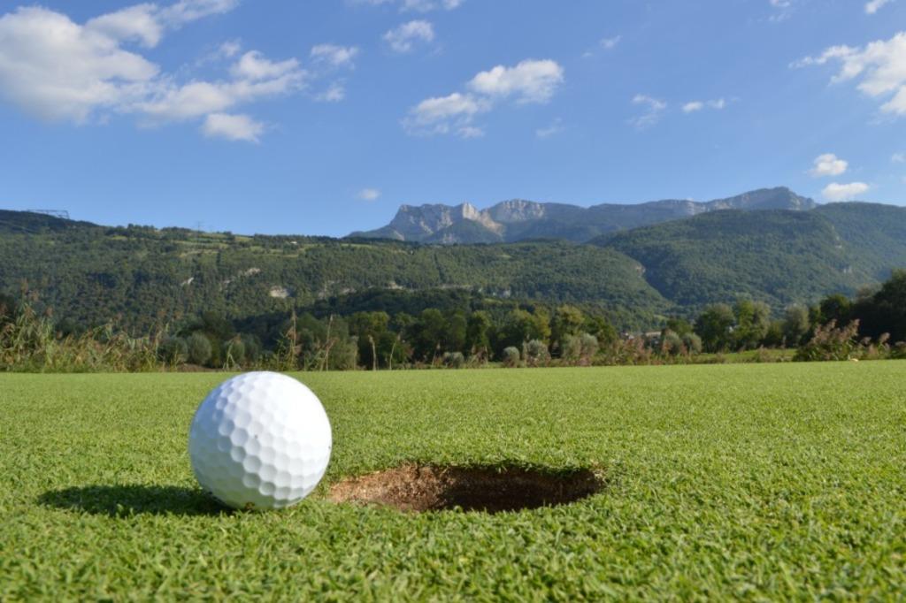 Golfing in Saint Quentin sur Isère