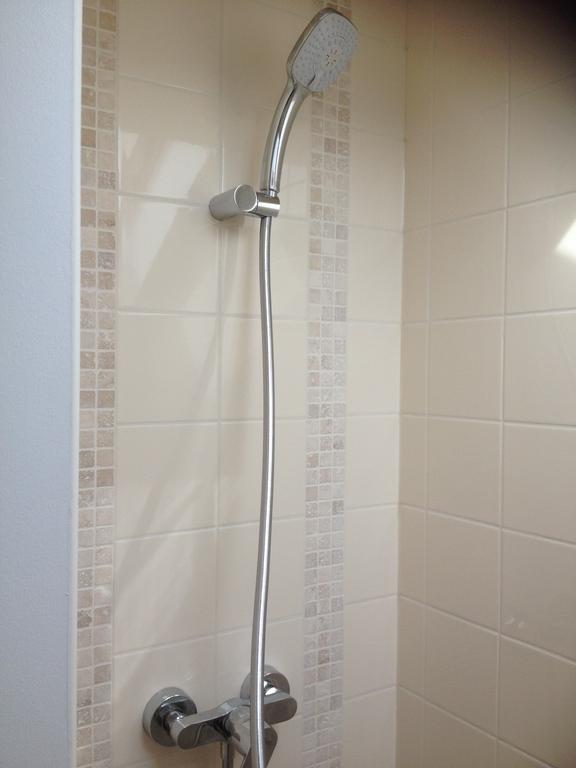 New bathroom Sceaux