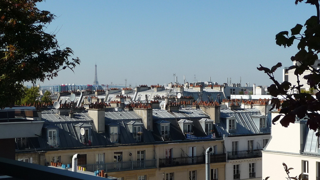 View from south west terrace / Vue depuis la terrasse sud ouest