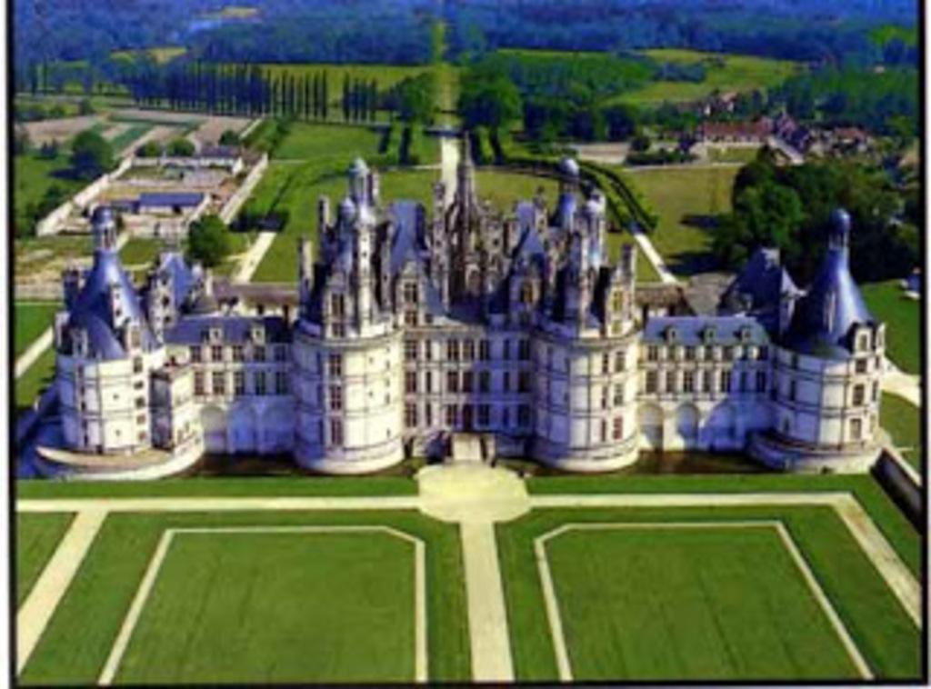 Chateaux de la Loire - Chambord - 2 hours drive