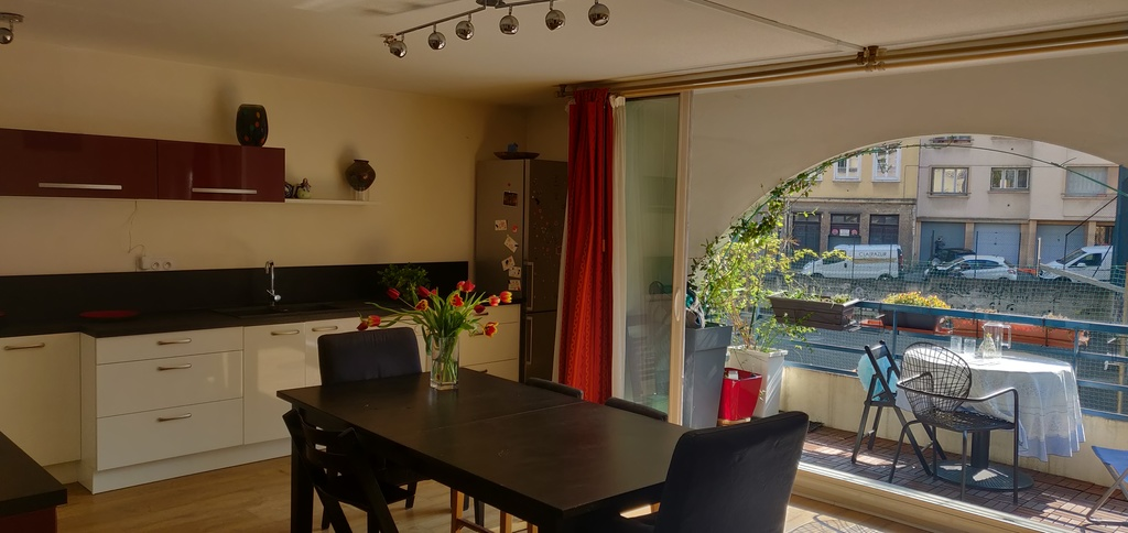 Kitchen, dining room, balcony