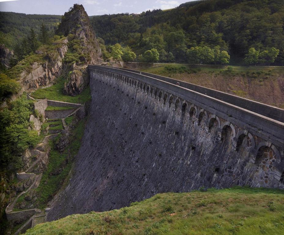 Rochetaillée : Barrage du gouffre d'enfer (36 km)