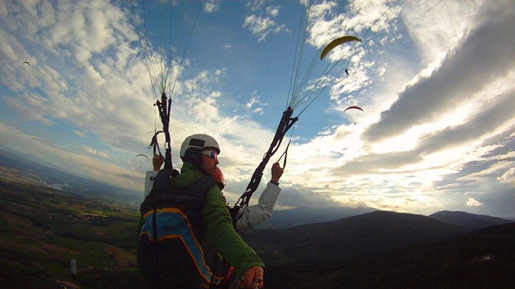 Col de Pavezin : Vol en parapente (64 km)