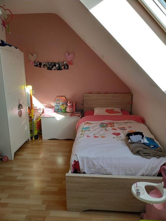 Enora's bedroom
