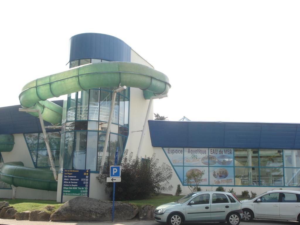 water-park, swimming-pool