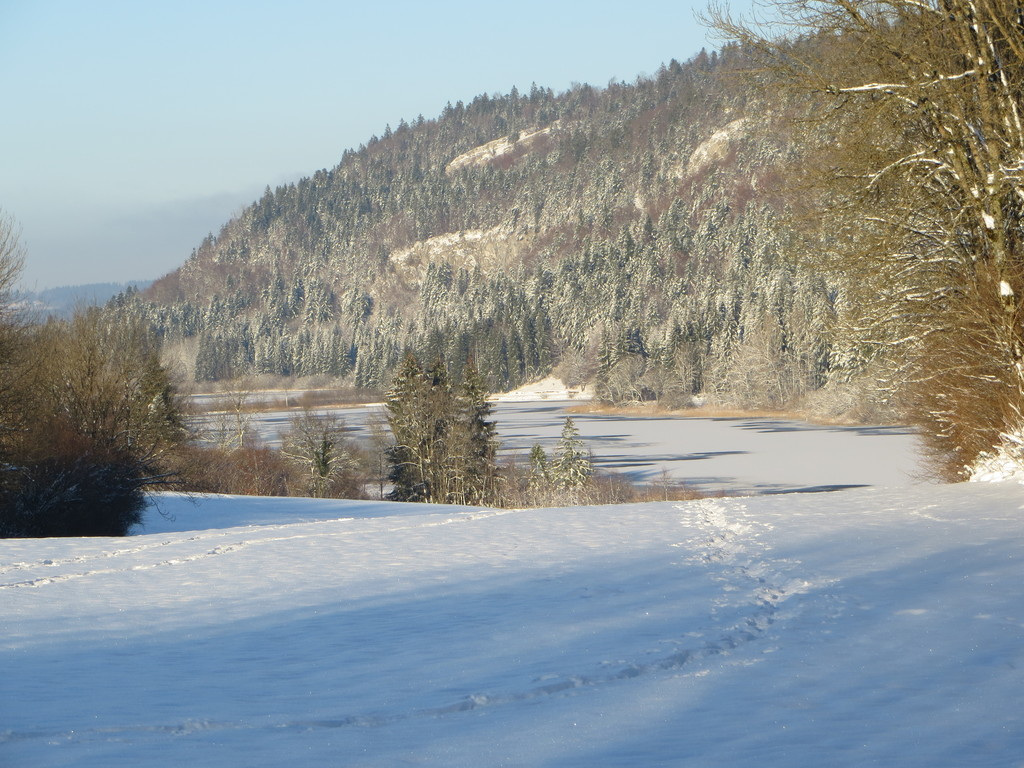 le lac d'Etival in winter