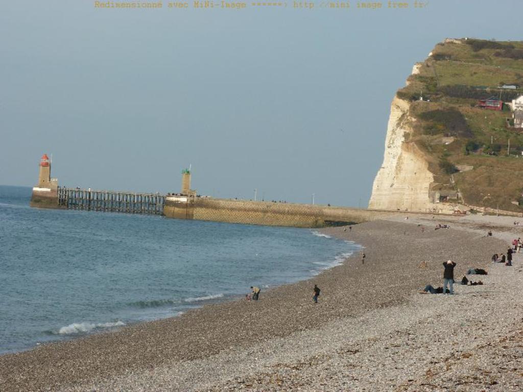 Les plages de galets seinomarines : Etretat, Fécamp... à 1h