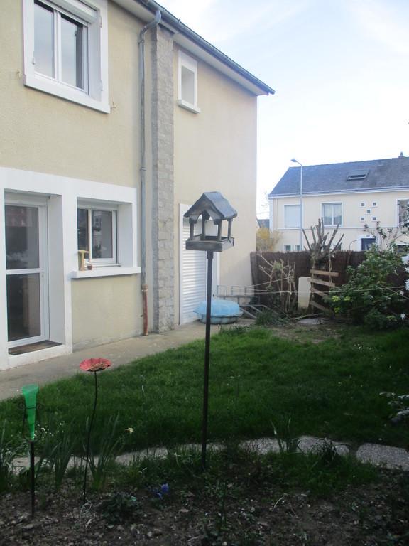 The garden and kitchen door
