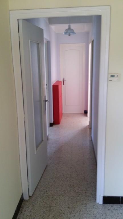 corridor view from front door