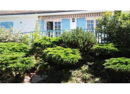 Maison Bretonne exposée sud-ouest / South facing house
