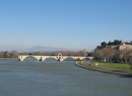 le pont d'Avignon sur le Rhône
