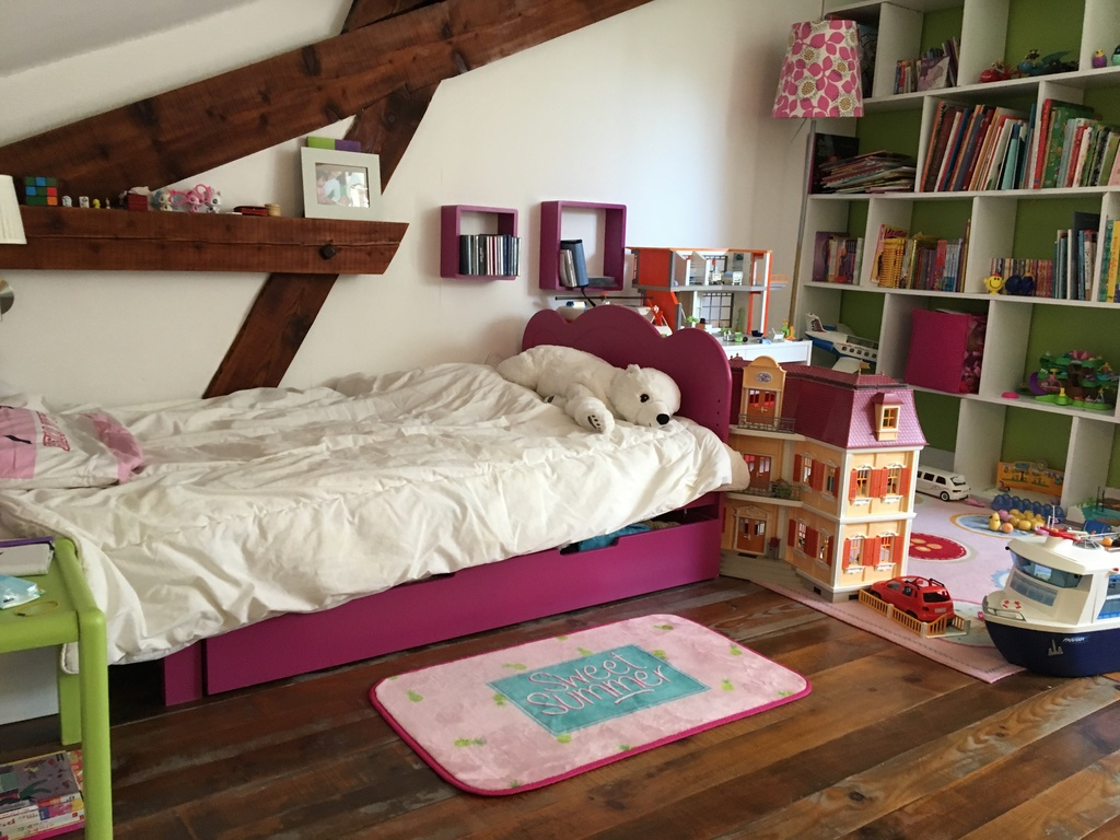 Kid room (with single bed)