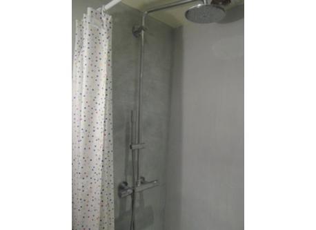Shower first floor