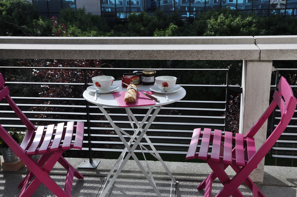 Le petit déjeuner sur le balcon