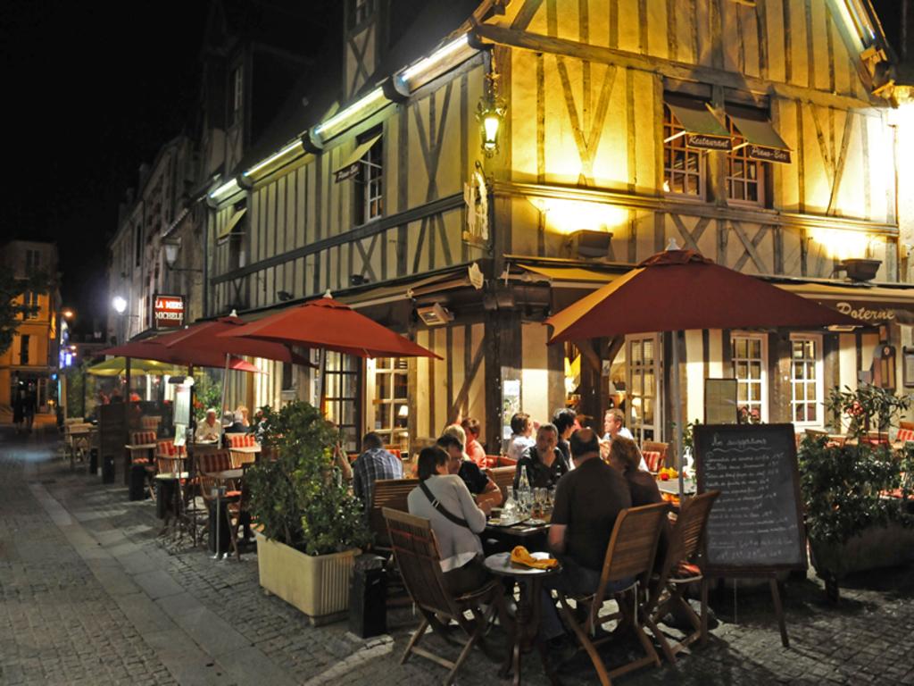 quartier historique Caen