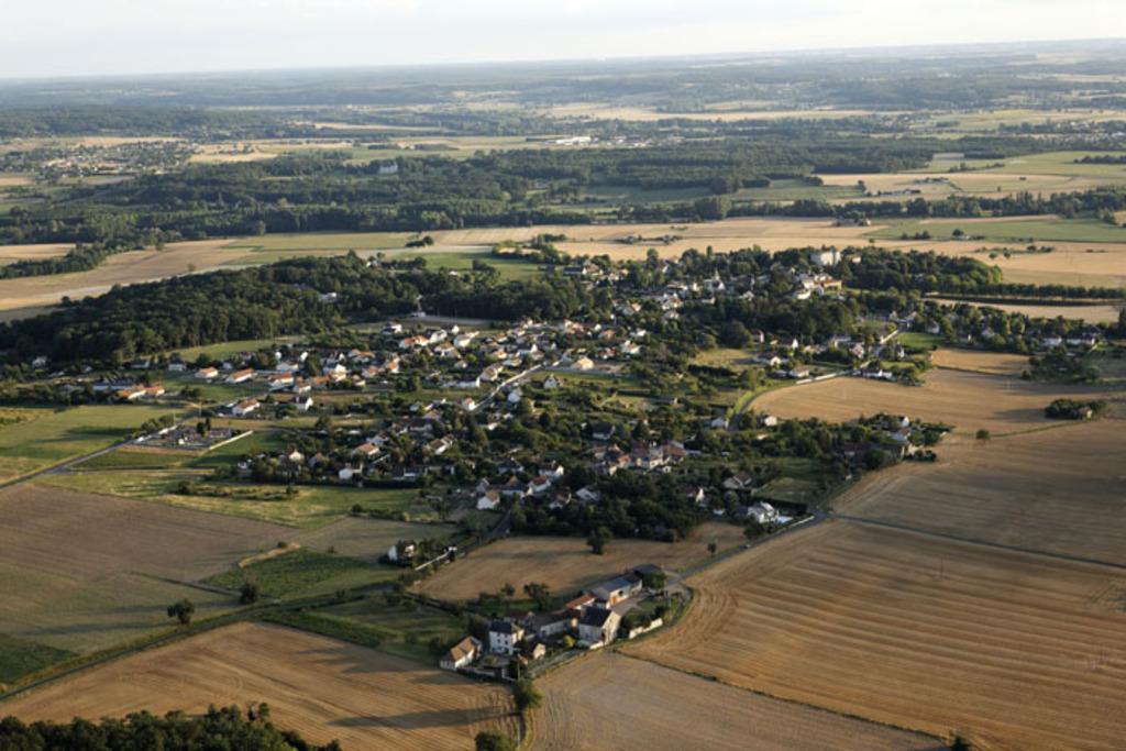Targé aerial view