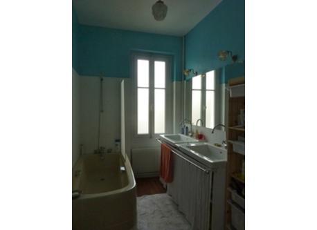 salle de bain 1 (1er étage)