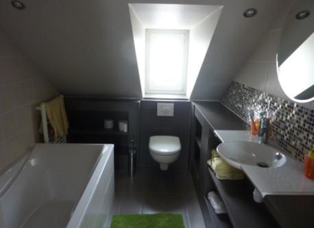 salle de bain 2 (2ème étage)