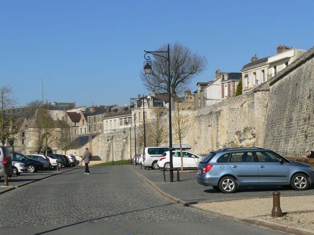 Laon, the medieval town is surrounded by 8 km rampart