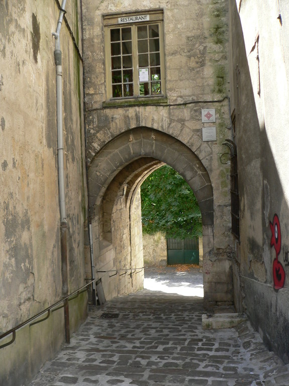 "Laon, the ""Porte of Chenizelles"""