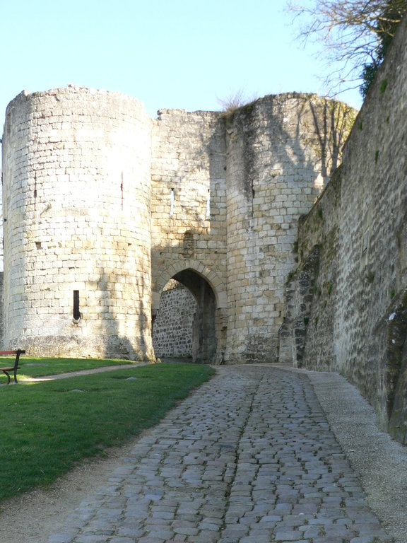 "Laon : the ""Porte of Soissons"""